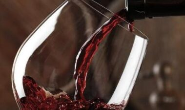 Evolución del perfil volátil del vino tinto durante su crianza en barricas de roble